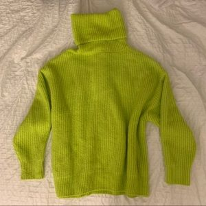 NEON GREEN OVERSIZED KNIT SWEATER